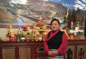 Dashi: English speaking tour guide