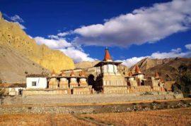 Mustang trekking in Nepal: Trekking to Upper Mustang
