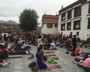 Visit Bharkor Bazzar in Lhasa Tibet